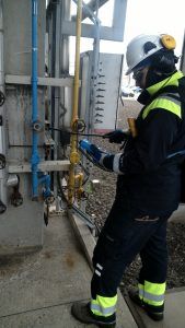 Compressed air and vacuum leak detection